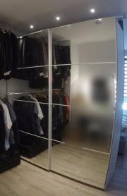 Spiegel kleiderschrank mit schiebetüren  Kleiderschrank mit Schiebetüren aus Glas in Schuttertal - IKEA ...