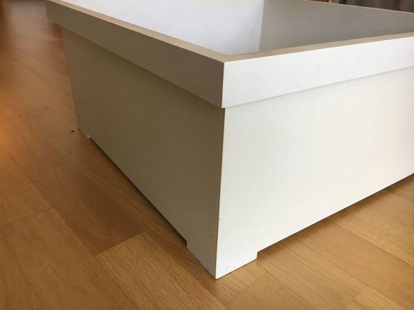 blume beh lter pflanzk bel riviera wei kunststoff 52 x 52 cm h he 26 cm in gersthofen. Black Bedroom Furniture Sets. Home Design Ideas
