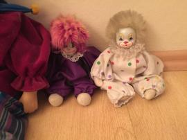 Clown Harlekin Sammelpuppen 9 Stück: Kleinanzeigen aus Starnberg - Rubrik Puppen