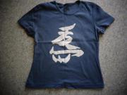 Damenbekleidung Shirt mit chin Zeichen