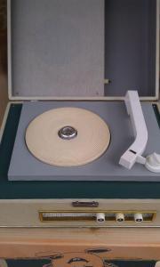 DDR Vintage Plattenspieler