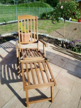 Deck-Chair Liegestuhl mit Fußteil das: Kleinanzeigen aus Hirschaid - Rubrik Gartenmöbel
