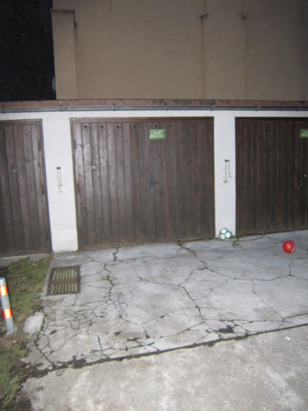 einzelgarage ebenerdig stadtmitte in m nchen vermietung garagen abstellpl tze scheunen. Black Bedroom Furniture Sets. Home Design Ideas