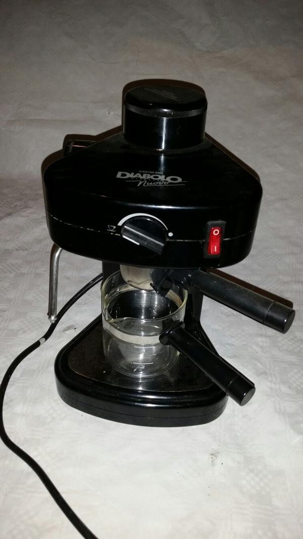 Espresso Maschine Diabolo Nuovo Kaffee - Haßloch - Espresso-Zeit..Espresso Maschine..mit Milchaufschäumer um auch Cappuccino zu geniessen..die klassische Art der Espresso Zubereitung..Zustand gut..inklusive Glaskanne mit Cool Touch Griff..an Selbstabholer abzugeben - Haßloch