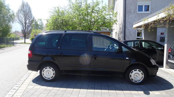 ford galaxy 1 9 tdi ghia in dornbirn ford mondeo galaxy kaufen und verkaufen ber private. Black Bedroom Furniture Sets. Home Design Ideas
