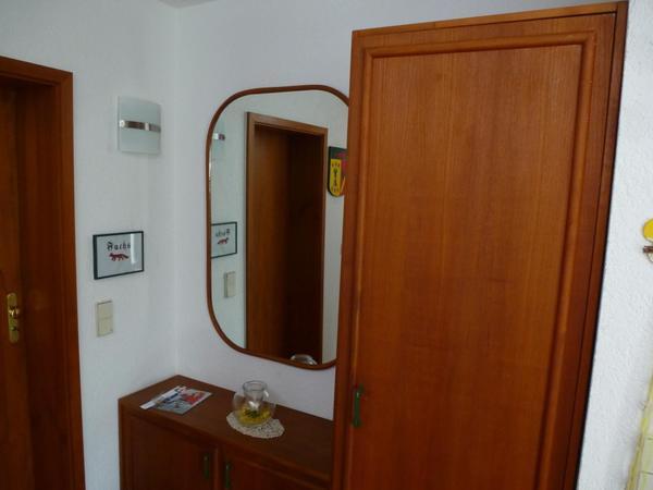 Schrank spiegel weiss gebraucht kaufen nur 3 st bis 60 for Garderobe quoka