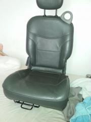 Gebrauchter Sitz hinten