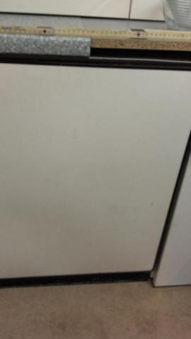 Kühl- und Gefrierschränke - Gefrierschrank Fabrikat AEG Arctis Farbe