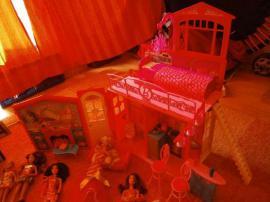Puppen - Geschenk Neuwertige große Barbie-Sammlung