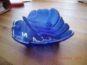 Glasschale in Blattform