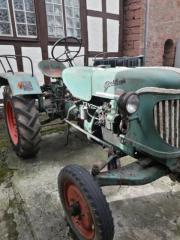 g ldner traktor in gro umstadt traktoren. Black Bedroom Furniture Sets. Home Design Ideas