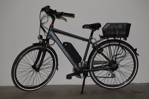herren trekking e bike in kennelbach herren fahrr der. Black Bedroom Furniture Sets. Home Design Ideas