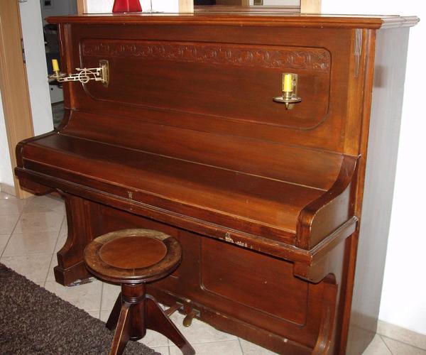 hochwertiges altes klavier von weissbrod eisenberg in leutershausen tasteninstrumente kaufen. Black Bedroom Furniture Sets. Home Design Ideas