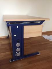 Höhenverstellbarer Schreibtisch 120x75cm