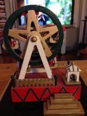 Holz Spieluhr als Riesenrad Weihnachten