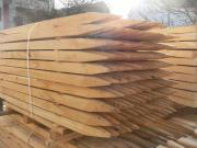 Holzpfähle aus Akazie,