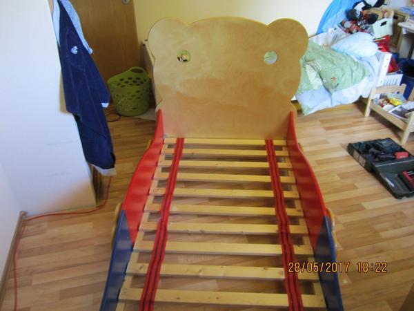 kinderbett kaufen kinderbett gebraucht. Black Bedroom Furniture Sets. Home Design Ideas
