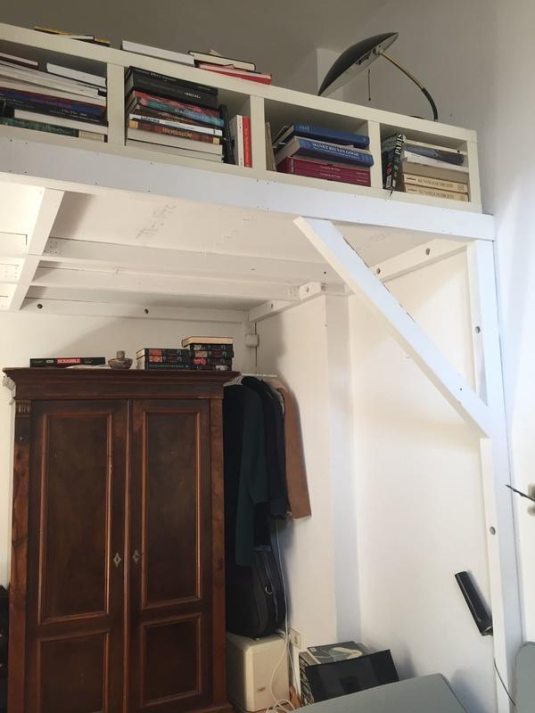 Hochbett Köln kompfortables hochbett etagenfläche stauraum weiß massiv stabil