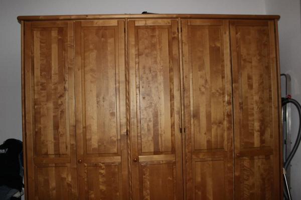 Schlafzimmer erle massiv gebraucht schlafzimmer incasa for Rauch schrank bochum