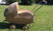Korbpuppenwagen 50er Jahre gut erhalten