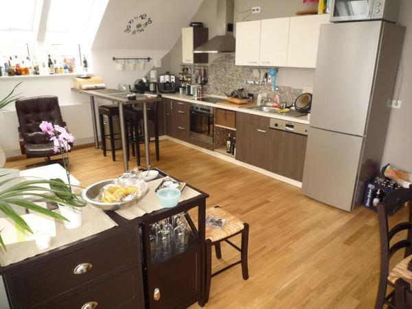 küche + kühlschrank + bartisch und stühle -prima zustand- in ... - Bartische Für Küche