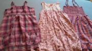 Mädchenkleider, 3 Stück,