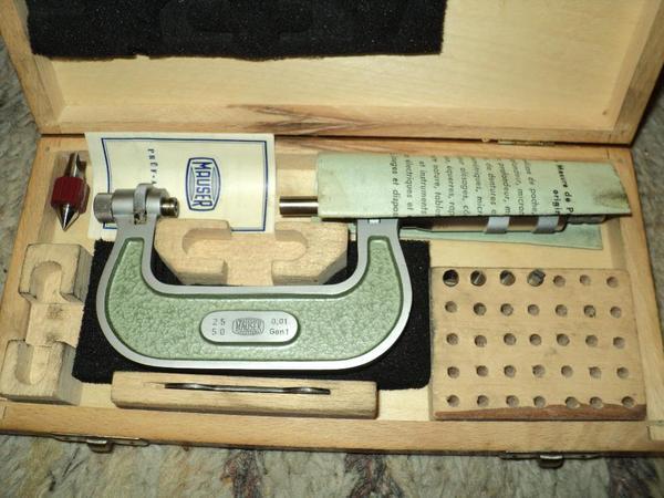 Mikrometer mit 60° Einsätzen