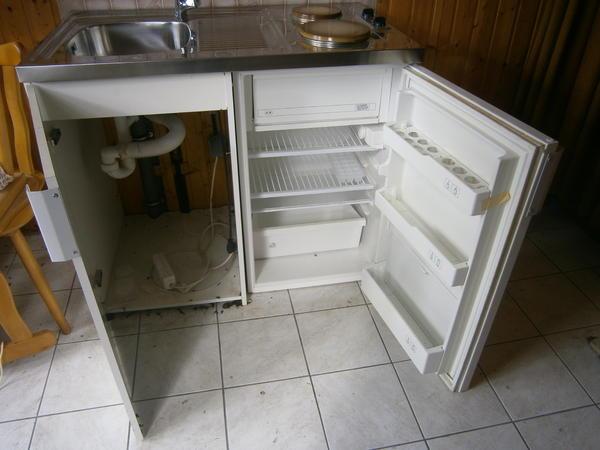 Mini Küchenzeile Mit Kühlschrank : Mini küche tefal mit herd und kühlschrank und abwäsche in