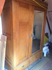 Möbel, antiker Schlafzimmerschrank/