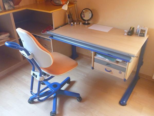kinderschreibtisch stuhl gebraucht kaufen nur 4 st bis. Black Bedroom Furniture Sets. Home Design Ideas