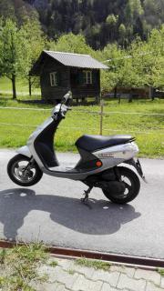 Moped Roller Peugeot