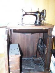 Nähmaschine PHÖNIX antik-Schwingschifftechnik