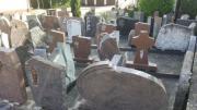 Natursteinplatten und Grabsteine