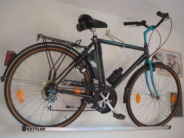 """NEU! 1ATOP-Zustd. KETTLER""""Paramount-Trekkingrad28, Sammler+ Liebhaber - Mannheim - NEU,NEU,NEU !Biete hier eine KETTLER Paramount ST,ALU - Rad,in der wunderschönen Farbe,schwarz-türkis,als Trekkingrad,von 1989,in in einem NEU(en) - Zustand an.Es ist von der bekannten Fahrradmarke KETTLER. Es hat eine zur damaligen Zeit eine - Mannheim"""