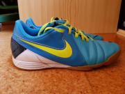 Nike Schuhe Gr 41