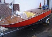 Oldtimer Holz-Sportboot