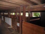Pferdestall Reitstall mit Winterkoppeln
