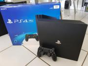 PS4 Pro mit