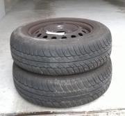 Reifen mit Stahlfelgen