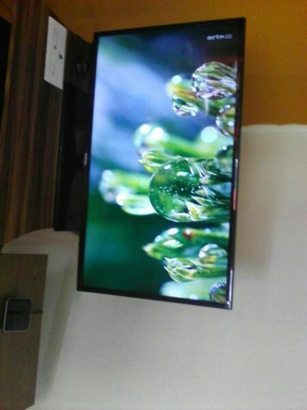 tv smart gebraucht kaufen nur 4 st bis 75 g nstiger. Black Bedroom Furniture Sets. Home Design Ideas