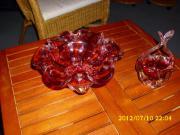 Schalen rotes Glas