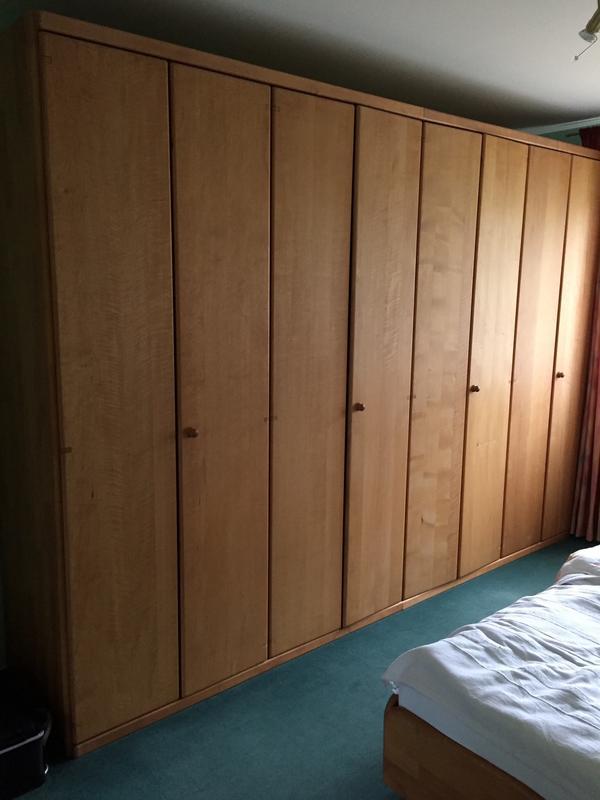schlafzimmerschrank kaufen schlafzimmerschrank gebraucht. Black Bedroom Furniture Sets. Home Design Ideas