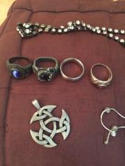 Schmuck verschieden Silber und Modeschmuck