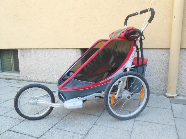 sch ner roter chariot cougar 1 fahrradanh nger einsitzer. Black Bedroom Furniture Sets. Home Design Ideas