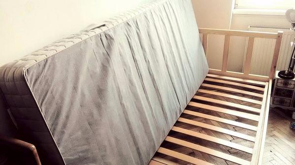 single bett mit matratze in wien betten kaufen und verkaufen ber private kleinanzeigen. Black Bedroom Furniture Sets. Home Design Ideas