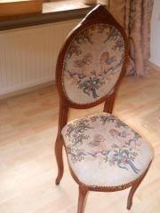 Stuhl für Dekorationszwecke