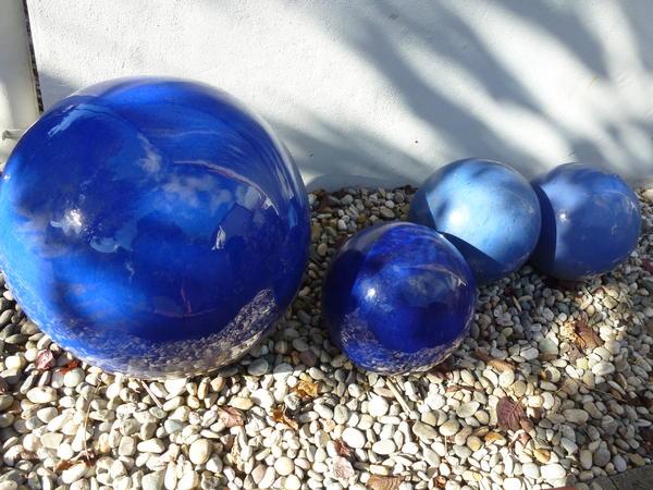 terracotta-kugeln, leuchtendblau in büttelborn - sonstiges für den, Garten und Bauen