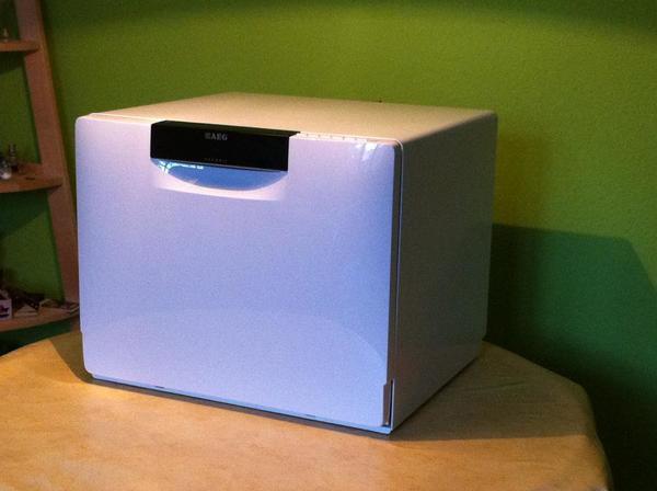 tischsp lmaschine aeg favorit 57202wo in berlin geschirrsp ler kaufen und verkaufen ber. Black Bedroom Furniture Sets. Home Design Ideas