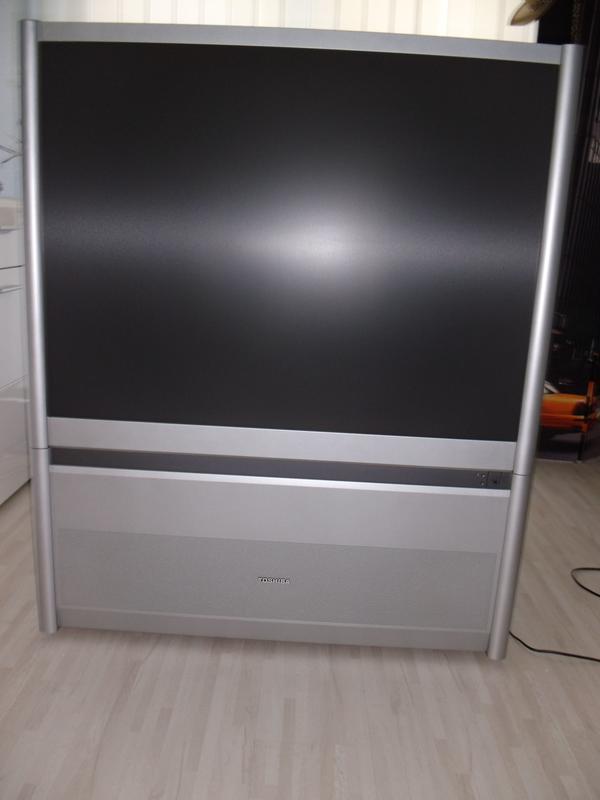 TOSHIBA 43PH14Q Fernseher mit digital satellite Reciever - Mülheim-kärlich - TOSHIBA 43PH14Q Das Gerät ist vollständig funktionsfähig und in ein super Zustand ohne Fernbedienung aber mit digital satellite Reciever Reciever + Fernbedienung in Originalverpackung. Der Opticum FS 10p ist ein robuster DVB-S Einst - Mülheim-kärlich