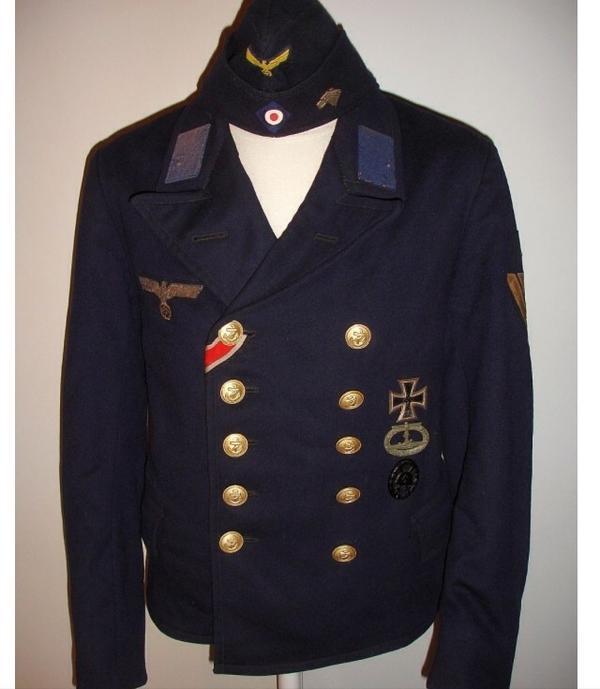Uniformen Orden Weltkrieg Munitionskisten Stahlhelm